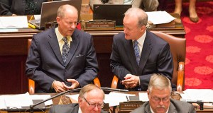 Senate Majority Leader Paul Gazelka, R-Nisswa, and Sen. Warren Limmer, R-Maple Grove, attend a floor session in 2017. (File photo: Kevin Featherly)