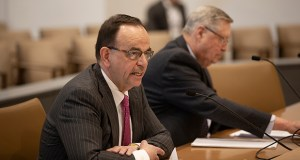 Lee McGrath of the Institute for Justice tells Senate Judiciary committee members about a bill he supports that would do away with civil forfeitures in Minnesota. The bill's author, Sen. Scott Newman, R-Hutchinson, is also pictured. (Staff photo: Kevin Featherly)