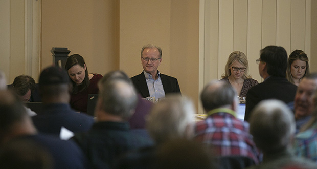 Senate Judiciary Chair Warren Limmer, R-Maple Grove, surveys the crowd in the early moments of a contentious Hibbing gun-bill hearing last week. (Staff photo: Kevin Featherly)
