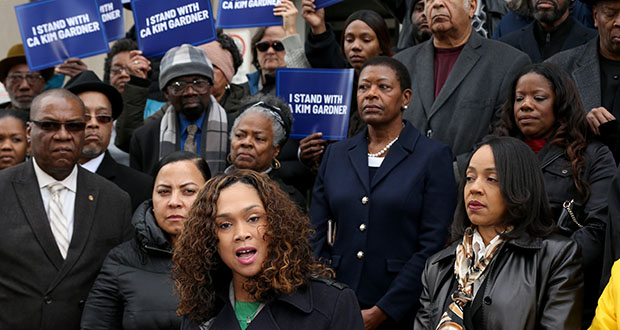 Baltimore State's Attorney Marilyn Mosby, center, speaks at a rally outside the Mel Carnahan Courthouse in St. Louis on Tuesday with several other African-American female prosecutors in support of Circuit Attorney Kimberly M. Gardner in her efforts to reform the criminal justice system and her suit against the St. Louis police union among others. (St. Louis Post-Dispatch via AP)