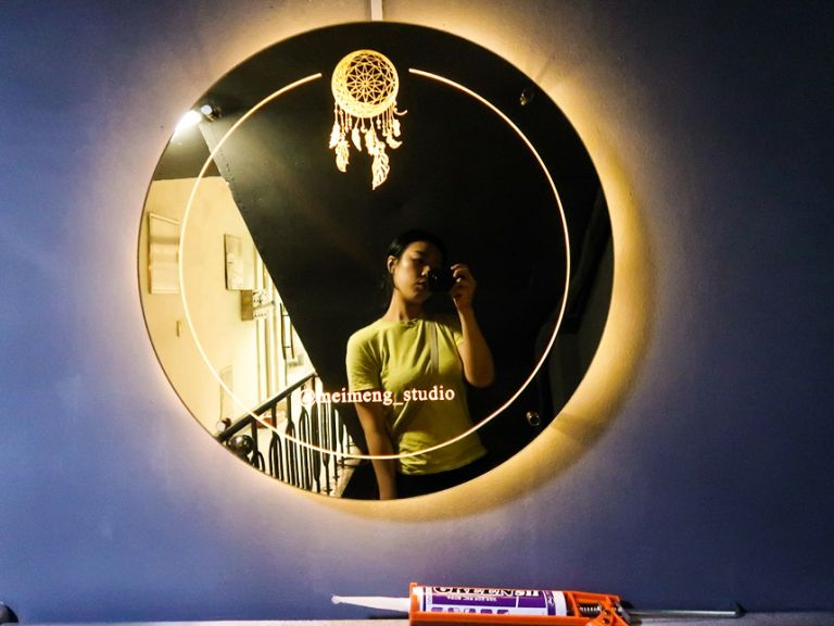 후광간판 거울간판 골드미러 후광사인 led거 미러사인 미러간판 골드간란 티타늄 골드 헤어라인 후광간판 셀카거울