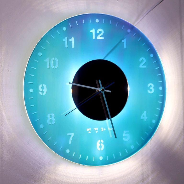 오로라 시계 조명시계 투명시계 001 다이크로익 벽시계 시계선물 시계조명 주문제작시계