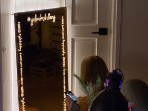 후광간판 LED거울 거울간판 LED조명거울 015 셀카존 포토존 미러사인 거울후광 후광사인 거울디자인
