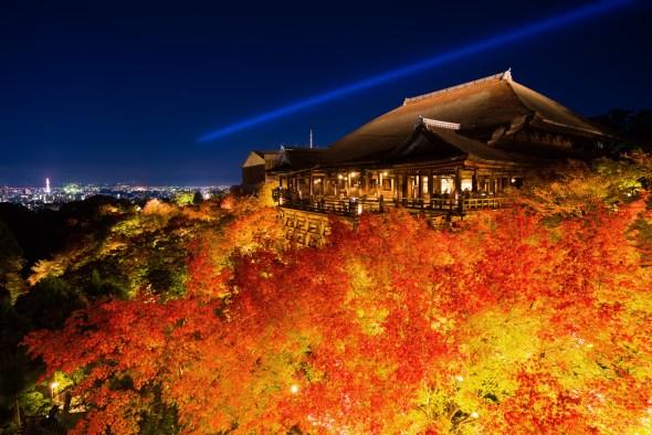 京都清水寺の夜景