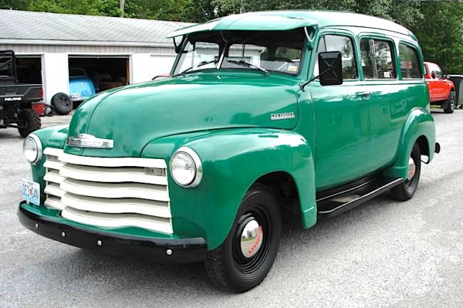 52 Chevrolet Suburban