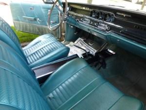 65 Pontiac 2+2 421 int