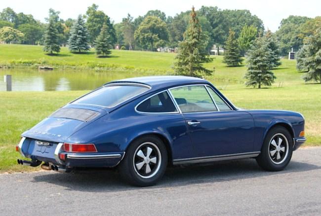 71 Porsche 911 Coupe
