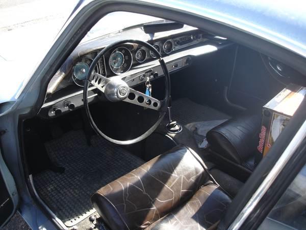66 Volvo P1800S
