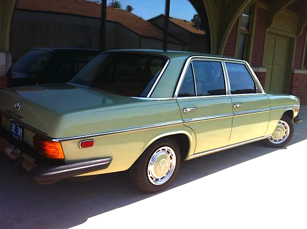 1976 Mercedes Benz 230
