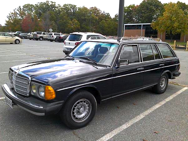 1984 Mercedes Benz Wagon