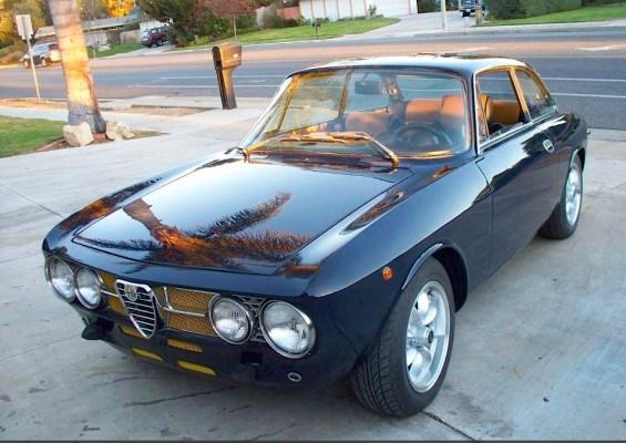 72 Alfa Romeo GTV 2000