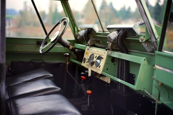 70 Vintage-Land_Rover-Portland-Speed_Sports_6302