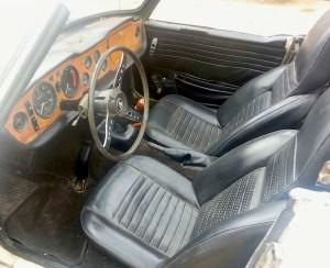 69 Triumph TR6 int