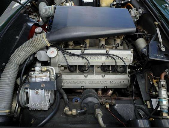 76 Aston Martin eng