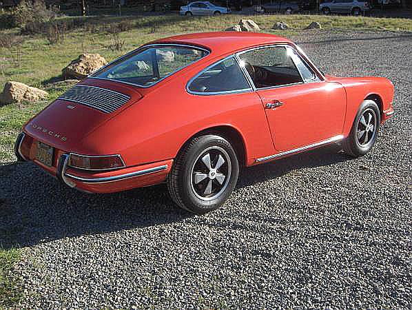 67 Porsche 911 re