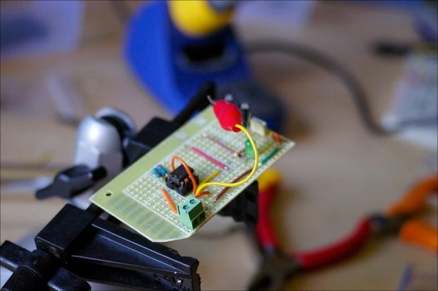 Simple Square Wave Oscillator Test Gears Circuits Schematics