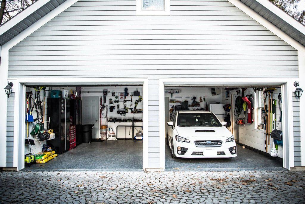 Mint Garage Header