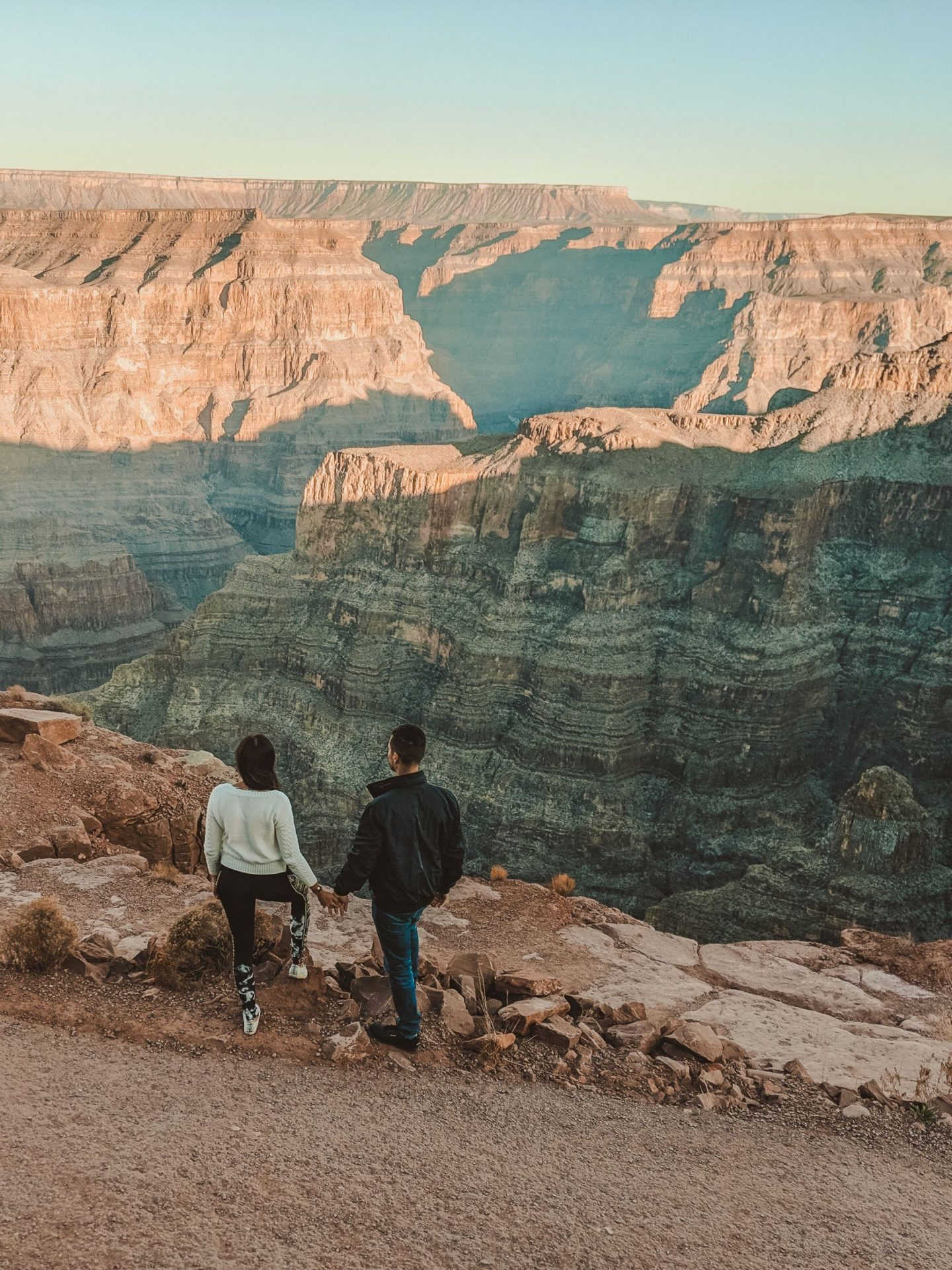 Grand Canyon and Sky Walk day tour - by @danandnatty
