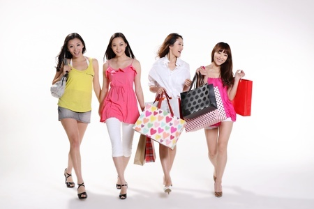 Asian Women Shopping | Mint Mocha Musings