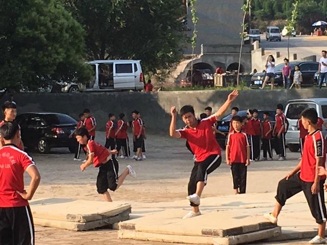 Kung Fu Training Shaolin Temple