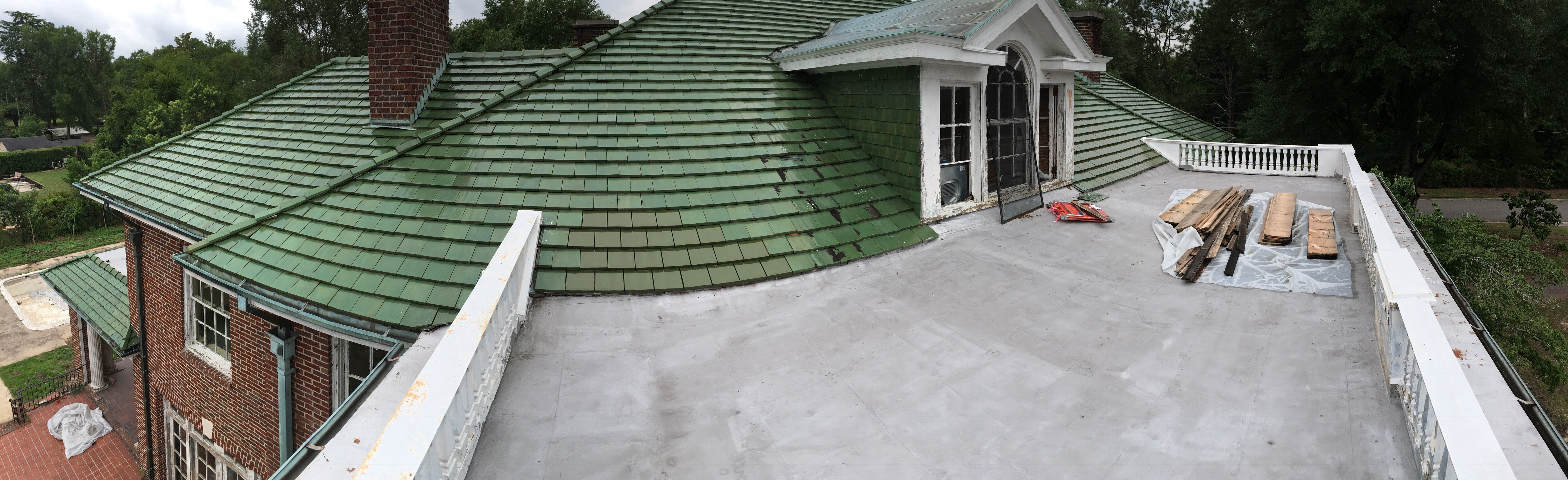 the original green roof the house on