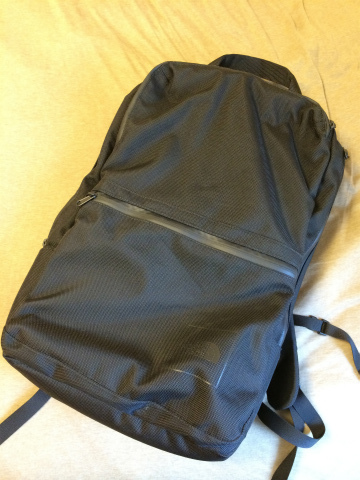 THE NORTH FACE SHUTTLE DAYPACK NM81212
