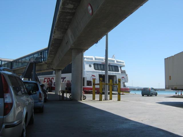 Ernest Hemingway ütles, et igas maailma sadamas on üks eestlane ...