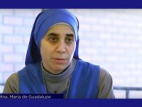 UNE RELIGIEUSE CATHOLIQUE, DE RETOUR D'ALEP : «VOS MÉDIAS MENTENT»