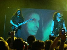 In The End: homenagem a Ronnie James Dio...