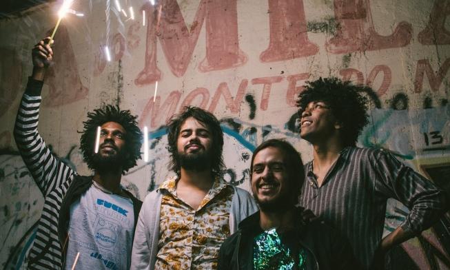 A Nova Onda do Imperador: Boogarins mergulha de cabeça na avalanche de sucesso com novo single e turnê internacional