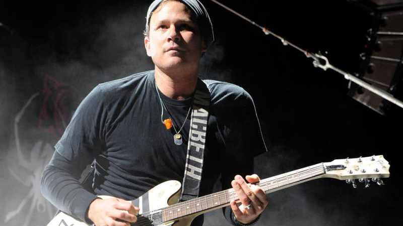 Tom DeLonge, ex vocalista do blink-182, tinha razão: aliens existem