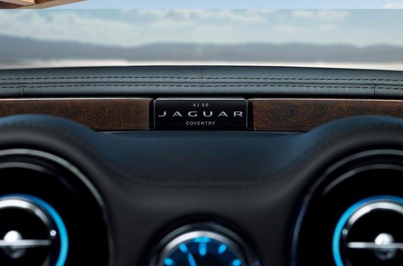 Jaguar XJ 50 aniversario