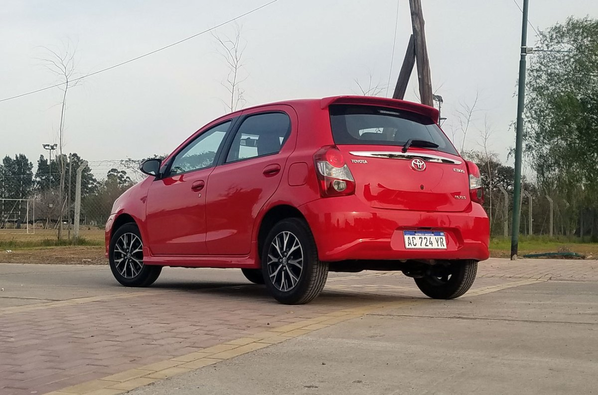 Test: Toyota Etios XLS AT 2018 (Minuto Motor) ToyotaEtiosTest-06