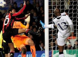 William Gallas in Tottenham Hotspur vs AC-Milan 0-0, 9 martie 2011