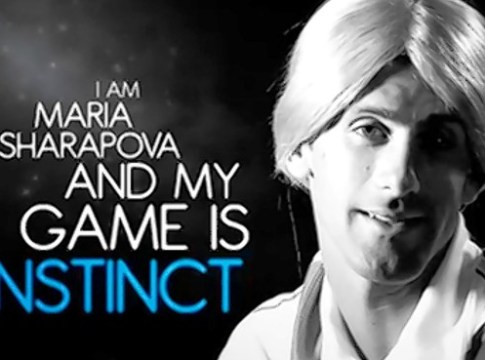 Djokovic o imita pe Sharapova