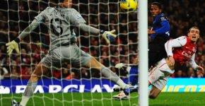 Antonio-Valencia-goal-Arsenal-vs-Manchester-United