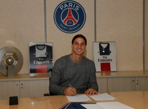 ibrahimovic-sign-psg