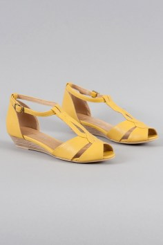 Florence T-Strap Sandals in Yellow