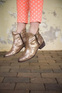 Lucky Penny Boots in Bronze