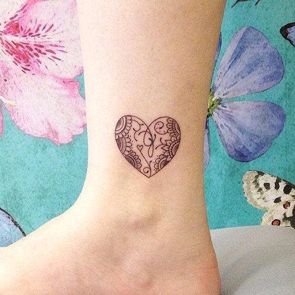 Tatuajes Pequeños Para Mujeres 32 Diseños Ideales Para Tu Personlidad