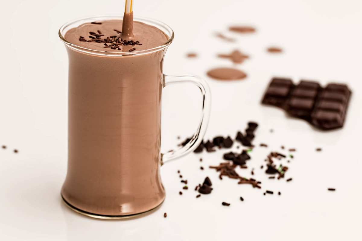 dark peppermint chocolate protein shake