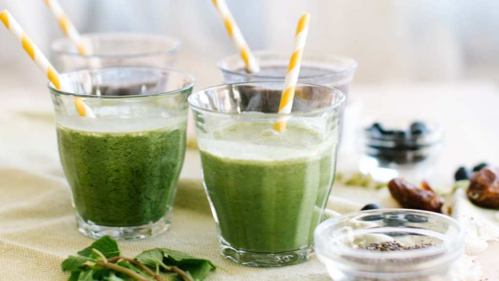coconut green smoothie recipe