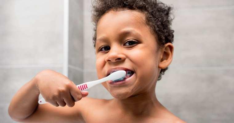 10 Science-Backed Ways to Keep Your Teeth Healthy