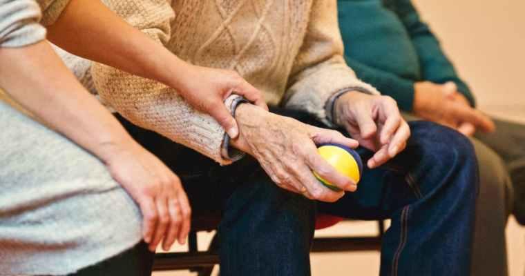 Senior Kitchen Dangers: Essential Benefits Of A Caretaker