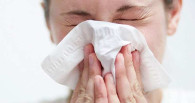 How to treat your common cold at home and feel better