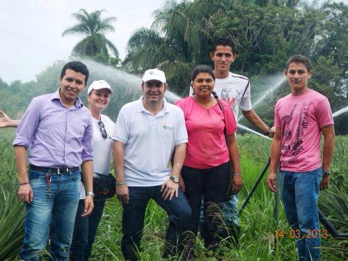 Fabian Belnavis y Jóvenes del Proyecto UTOPIA en Yopal - Casanare