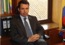 HR Guillermo Rivera 2013