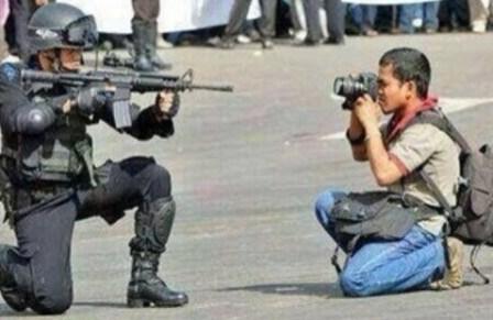 """""""Ni las balas, ni las amenazas de los violentos me callaran"""" - Foto : Internet"""