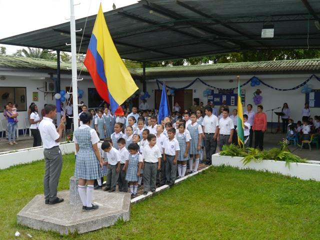 Colegio Naval de Leguízamo conmemora 59 años de existencia