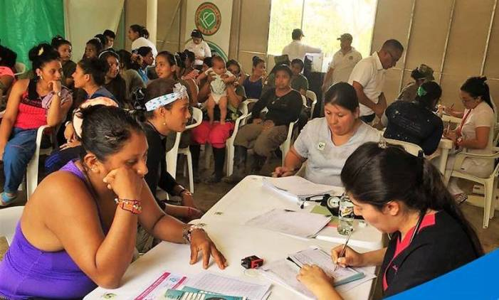 Ordenan brigadas de salud ante posibles casos de dengue en campamento de las Farc